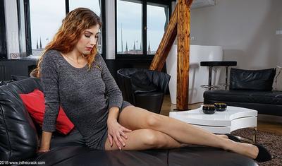 """Premyer Liqa klubunun futbolçuları pornoaktrisaya verdiyi pulu """"oğurladı"""" -"""