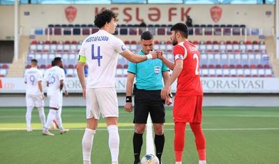 Premyer Liqada qəsəbə futbolu -