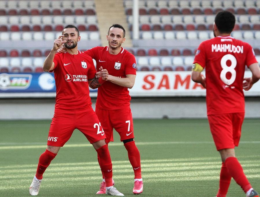 """Neftçi"" paytaxt derbisində 3 qol vurdu - VİDEO"