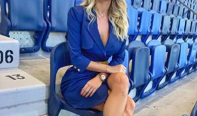 Futbol reportyoru olan gözəl nədən narahatdır? -