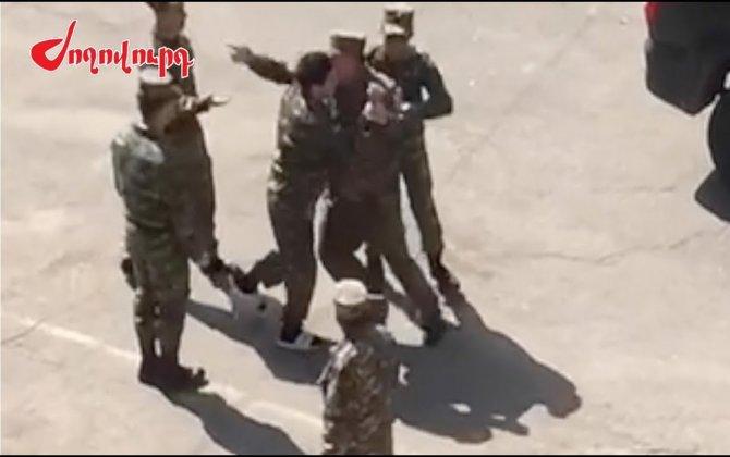 Qarabağa dönmək istəməyən erməni əsgərlərlə komandir arasında qarşıdurma yaşandı: VİDEO