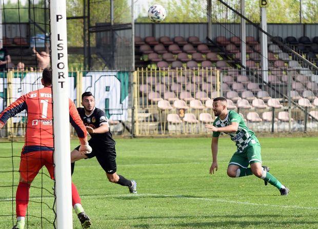 Azərbaycanlı futbolçu Polşa komandasında 5-ci qolunu vurdu - VİDEO+FOTO