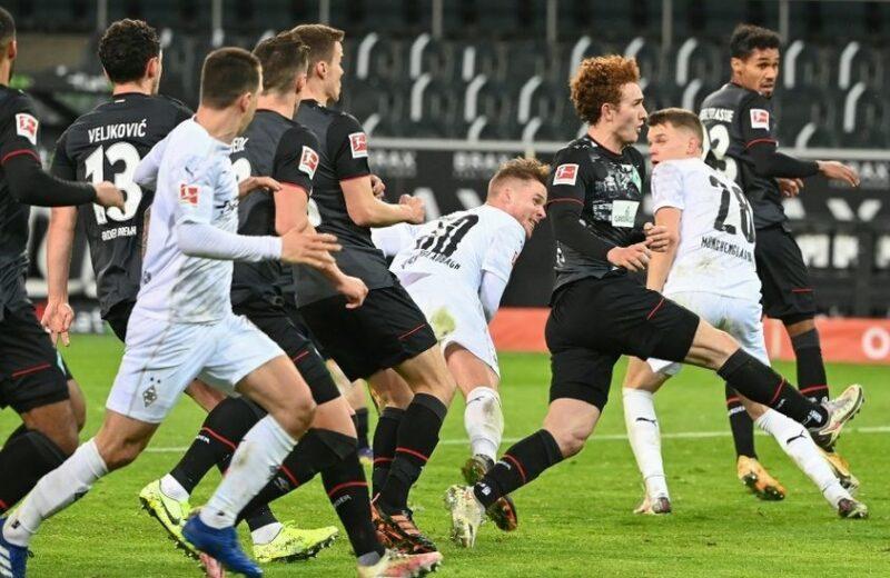 Məşhur klub daha dörd futbolçusu ilə yollarını ayırdı