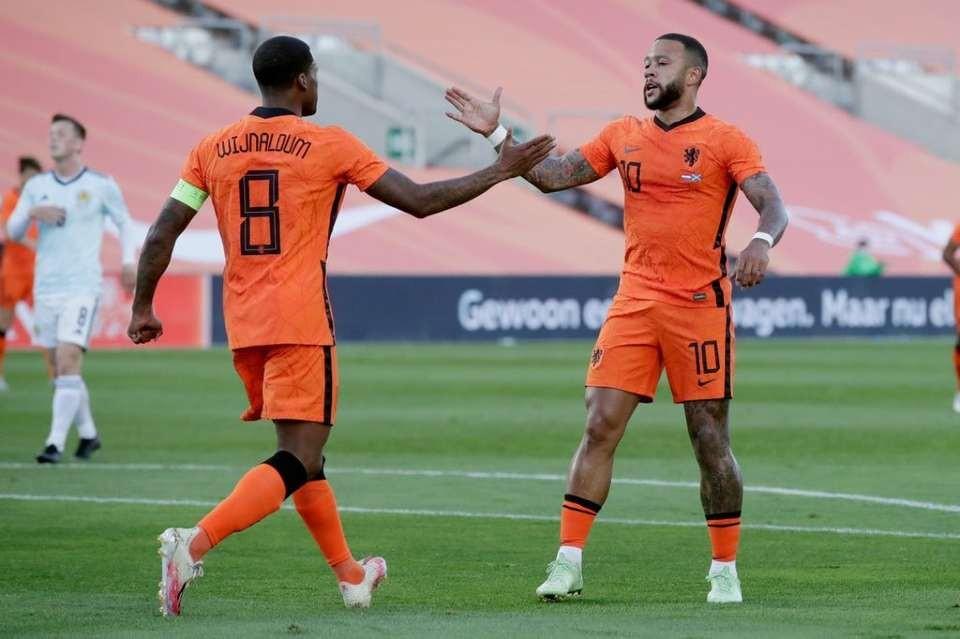 Niderland - Şotlandiya oyununda vurulan 4 qol - VİDEO