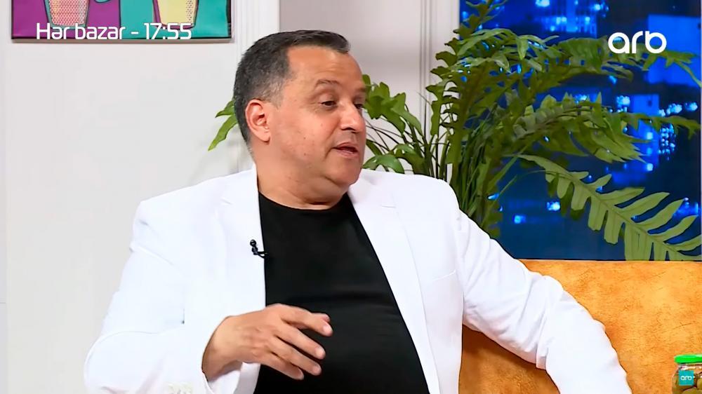 """Çingiz Əhmədov: """"Futbol şərhçiləri söz üçün cibə girirlər"""" - VİDEO"""