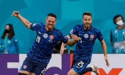 https://www.sportinfo.az/idman_xeberleri/dunya_futbolu/116673.html