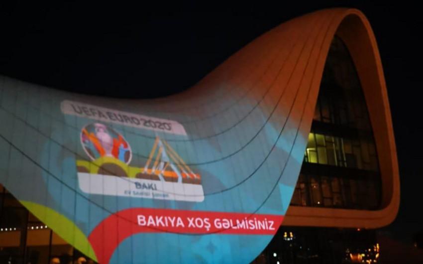 Heydər Əliyev Mərkəzi üzərində AVRO-2020 iştirakçılarınin görüntüləri - FOTOLAR