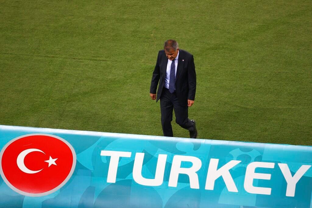 """Şenol Güneş Bakıda dedi: """"Mən futbolçulara inanıram, Türkiyə də inansın"""""""