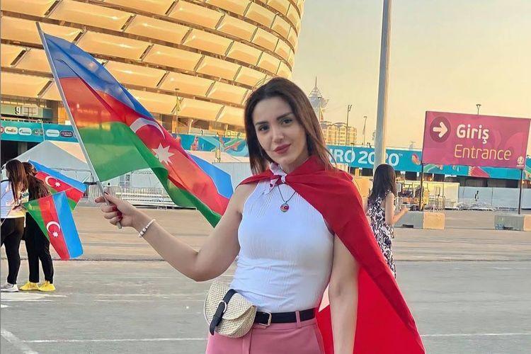 Futbol üçün sinov gedən Bakı gözəlləri - FOTOSESSİYA