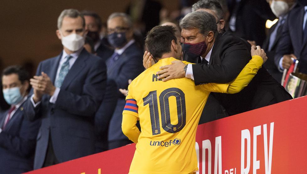"""Messi """"Barselona""""da 4 ilə 240 milyon avro qazanacaq"""
