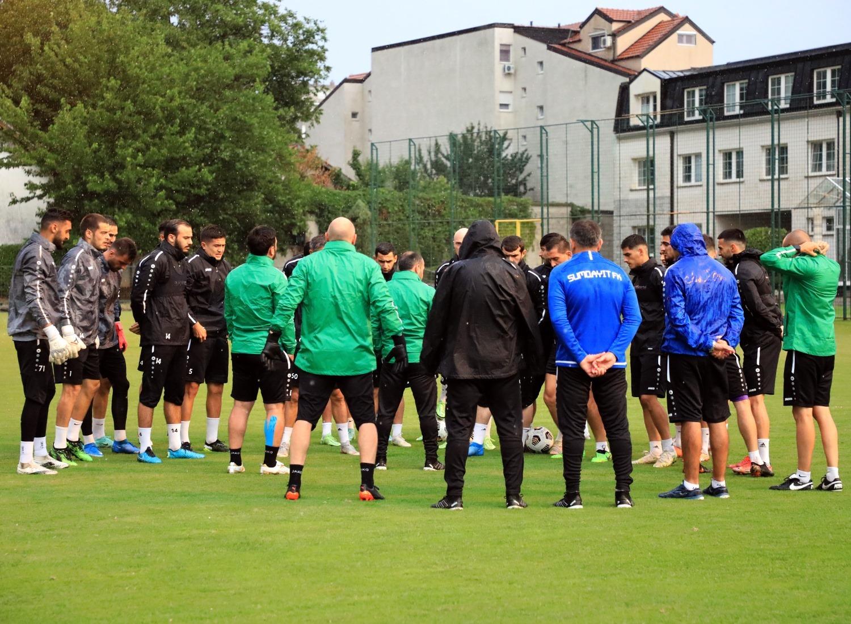 """""""Sumqayıt"""" İrandan Azərbaycan kökənli 2 futbolçu gətirir"""