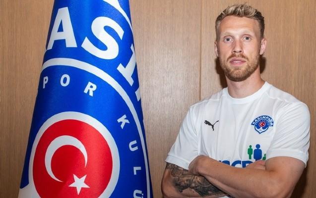 Türkiyə klubu Danimarka millisinin hücumçuu ilə anlaşdı