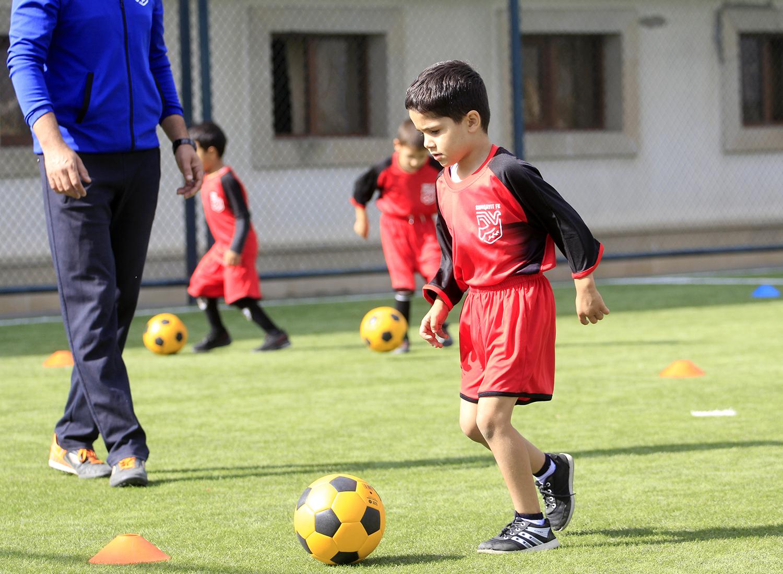 """""""Sumqayıt"""" Futbol Akademiyasında sağlam vətəndaş yetişdirmək olar? - FOTOLAR"""