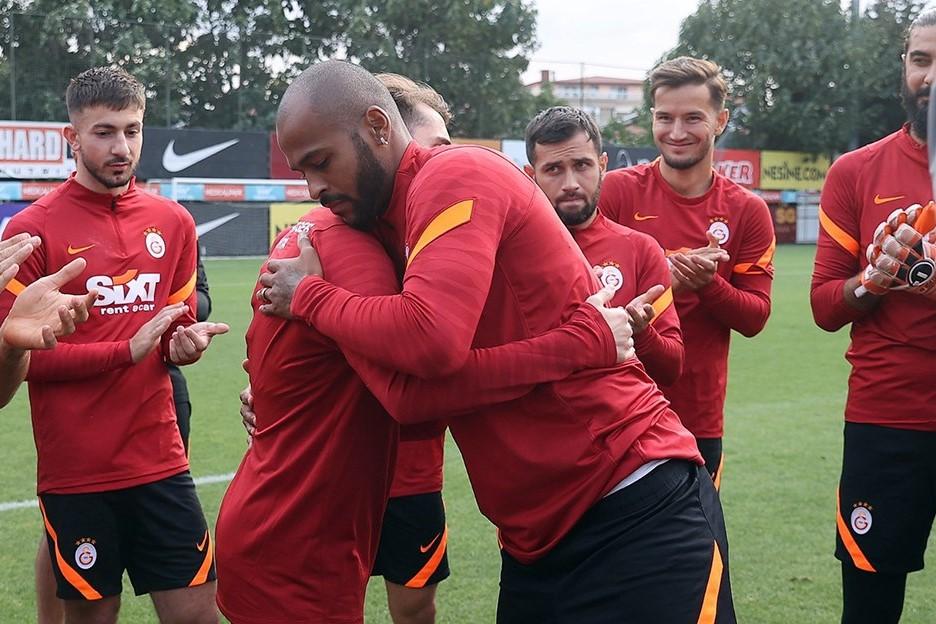 """Küsülülər barışdı, yeni transfer sıradan çıxdı - """"Qalatasaray""""da"""