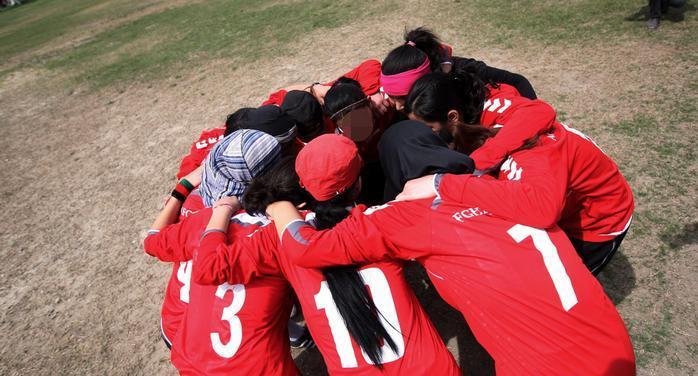Qadın futbolçulardan ibarət milli komanda ölkədən qaçdı!