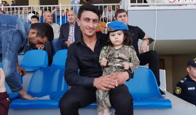 Tovuzlu futbolçulardan şəhid övladlarına böyük ehtiram -