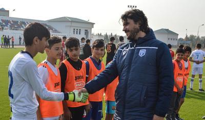 """""""Bizdə futbolçulara nəzarət çox güclüdür"""""""