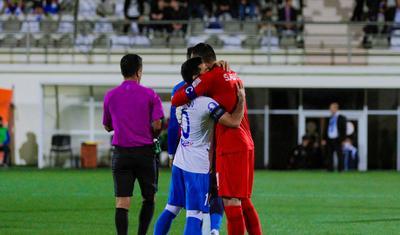"""İki qəsəbə arasında """"soyuq futbol"""" -"""