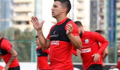 """""""Neftçi""""nın futbolçuları baş məşqçini də özlərinə qoşub..."""