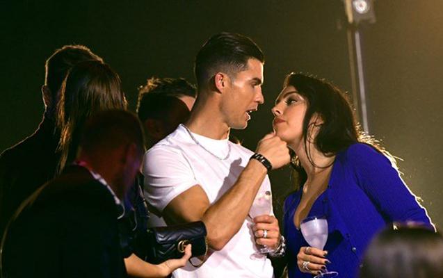 Ronaldonun onunla evlənməsini istəmir – Pul söhbətinə görə