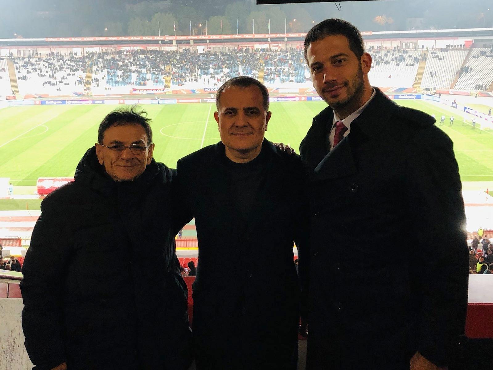 İki azərbaycanlı nazir Serbiya ilə oyunu tribunada izlədi - FOTO