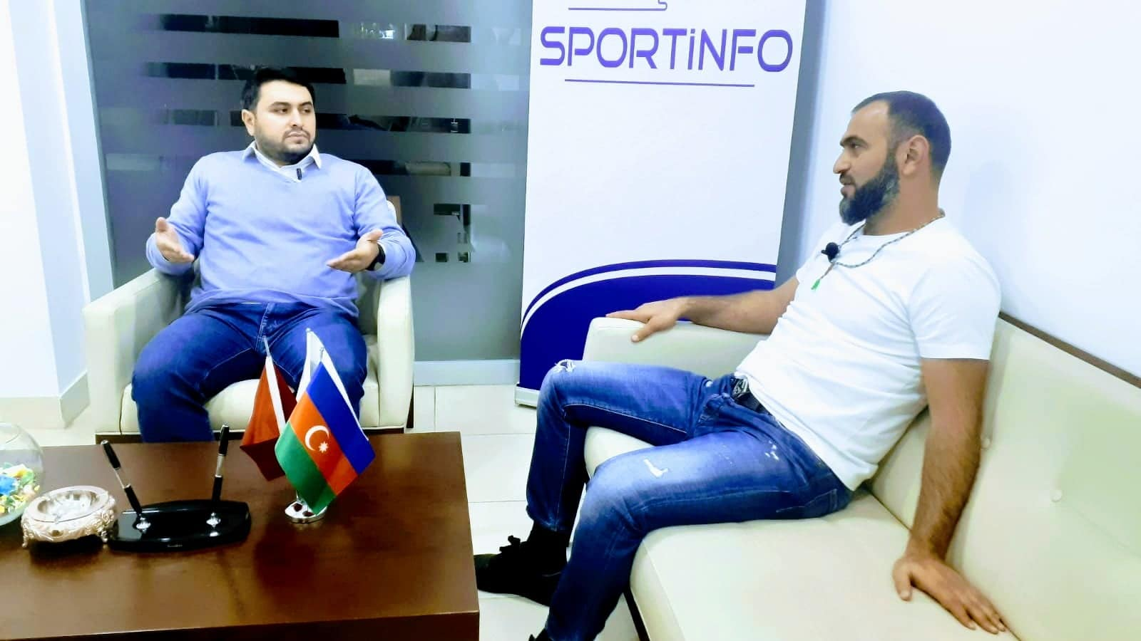 """""""SPORTİNFO TV"""": """"Atam mənə dedi ki, yaxşı futbolçu olmaq istəyirsənsə, sən də..."""" - VİDEO"""